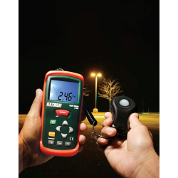 Extech Digital & Analog display Light Meter LT300